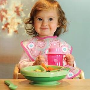 iHerb有iPlay Inc婴幼儿手指牙刷、围兜、水杯等用品促销
