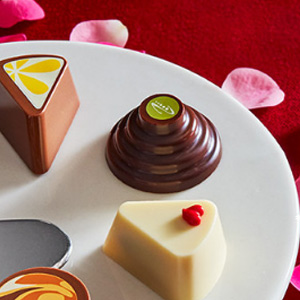 Godiva歌帝梵官网现有情人节定制款巧克力