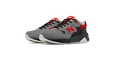 New Balance 新百伦 KL580大童款复古跑鞋 两色