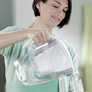 Brita Marella 碧然德滤水壶套装一壶三芯 白色 2.4L