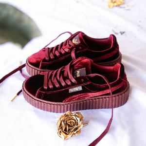 Rihanna x Puma 合作款天鹅绒系列女鞋
