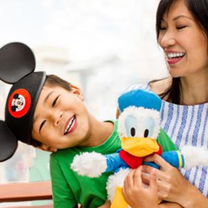 Disney迪士尼官网有精选儿童服饰玩具专区