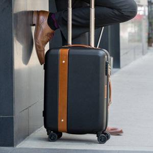 eBags有全场男女款背包、旅行箱、收纳包等低至3折促销