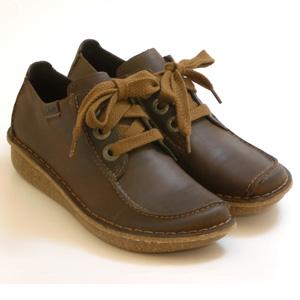 Clarks其乐 Funny Dream 女士真皮休闲鞋
