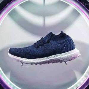 adidas x Parley 限量BOOST 男鞋