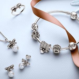 Pandora潘多拉实体店和官网满$100送戒指,耳钉或皮手链