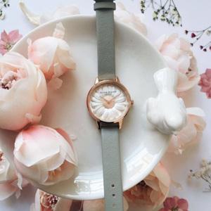 新品!Olivia Burton2017新款小雏菊浮雕女士手表
