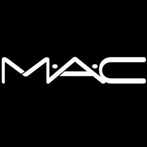 MAC官网彩妆满额送价值$42的正装刷具