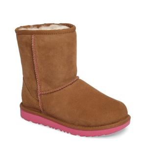 更新!UGG Classic II儿童款防水雪地靴