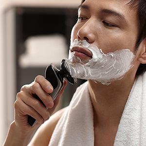 Philips飞利浦 S9511/26 干湿两用剃须刀 带有清洁器