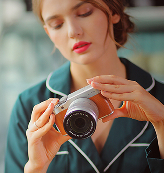 FUJIFILM富士 X-A10(16-50mm f/3.5-5.6)APS-C画幅无反相机套机