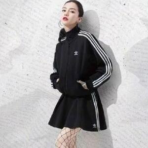 angelbaby同款!adidas 阿迪达斯 Originals女款运动短裙