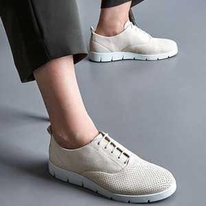 ECCO爱步Bella贝拉系列 女士轻盈系带厚底板鞋