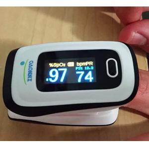 Innovo 指尖脉搏血氧仪