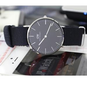 D W· DW00100151 时装腕表