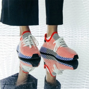adidas Originals 阿迪达斯 三叶草 Deerupt 格纹网眼大童款运动鞋