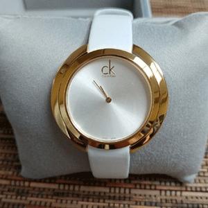 CALVIN KLEIN K3U235L6 女士同心圆时装手表