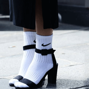 FinishLine精选Nike 耐克袜 买1第2件半价