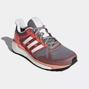 adidas Supernova运动鞋