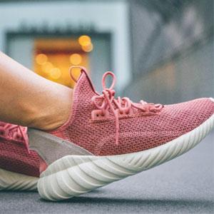 adidas 阿迪达斯 TUBULAR DOOM SOCK女士款运动鞋
