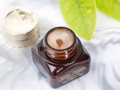 Estee Lauder雅诗兰黛的小棕瓶眼霜怎么样呢?