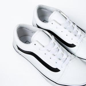 VANS Old Skool 女士皮革款休闲鞋