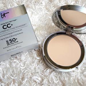 IT Cosmetics  CC+光泽粉饼