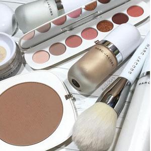 Marc Jacobs Beauty官网现有全场彩妆护肤满$50送3件套装