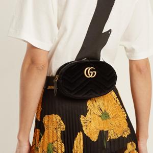 Gucci古驰丝绒腰包