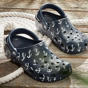 更新!Crocs网站现有精选洞洞鞋额外5折+满$75立减$15促销