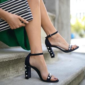 Neiman Marcus网站现有Stuart Weitzman美鞋专场低至3折促销
