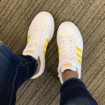 adidas阿迪达斯GRAND COURT女士运动鞋