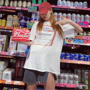 泫雅同款!Urban Outfitters百威Budweiser短袖T恤