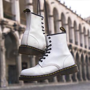 Dr. Martens 1460 COMBAT 8孔男款马丁靴