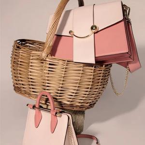 Strathberry 新款樱花粉色包包上架