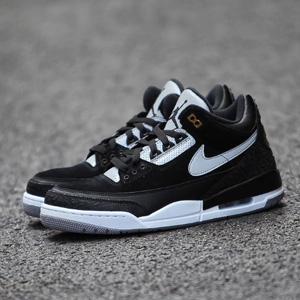 大码福利!Nike耐克Air Jordan 3换钩黑水泥