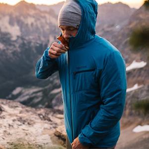 Marmot Alpha 60 男款夹克外套 蓝色款