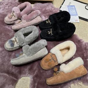 OZWEAR UGG 防水雪地靴羊皮毛一体内增高豆豆鞋流苏款