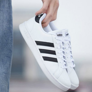 Adidas阿迪达斯GRAND COUR中性款板鞋