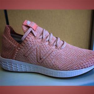 New Balance新百伦Fresh Foam Cruz SockFit女款休闲鞋