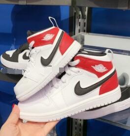 AIR JORDAN 1 MID AJ1小芝加哥 篮球鞋 小童款
