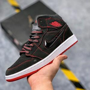 Big4码补货!Air Jordan 1 Mid 黑红大童款
