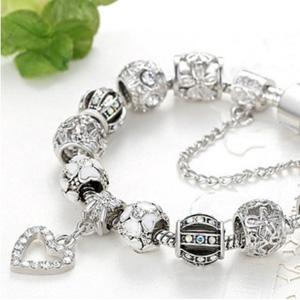Swarovski Crystal Heart 串珠手链