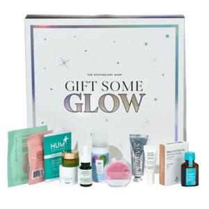Saks第五大道圣诞Glow 12-Day礼盒(价值$162)