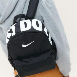 Nike JUST DO IT Mini双肩包