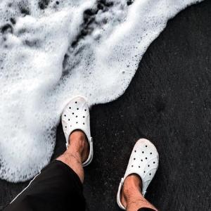 Crocs美国官网全场商品第二件半价促销