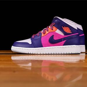 Jordan AJ 1 Mid粉紫大童运动鞋
