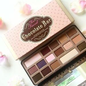 Too faced经典Chocolate Bar巧克力眼影盘