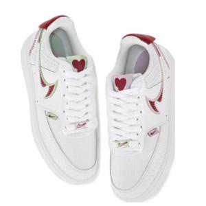Nike Court Vision情人节爱心限定女款板鞋
