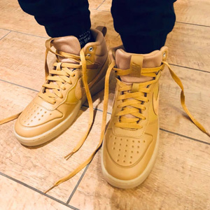 Nike Court Borough 小麦色大童款运动鞋
